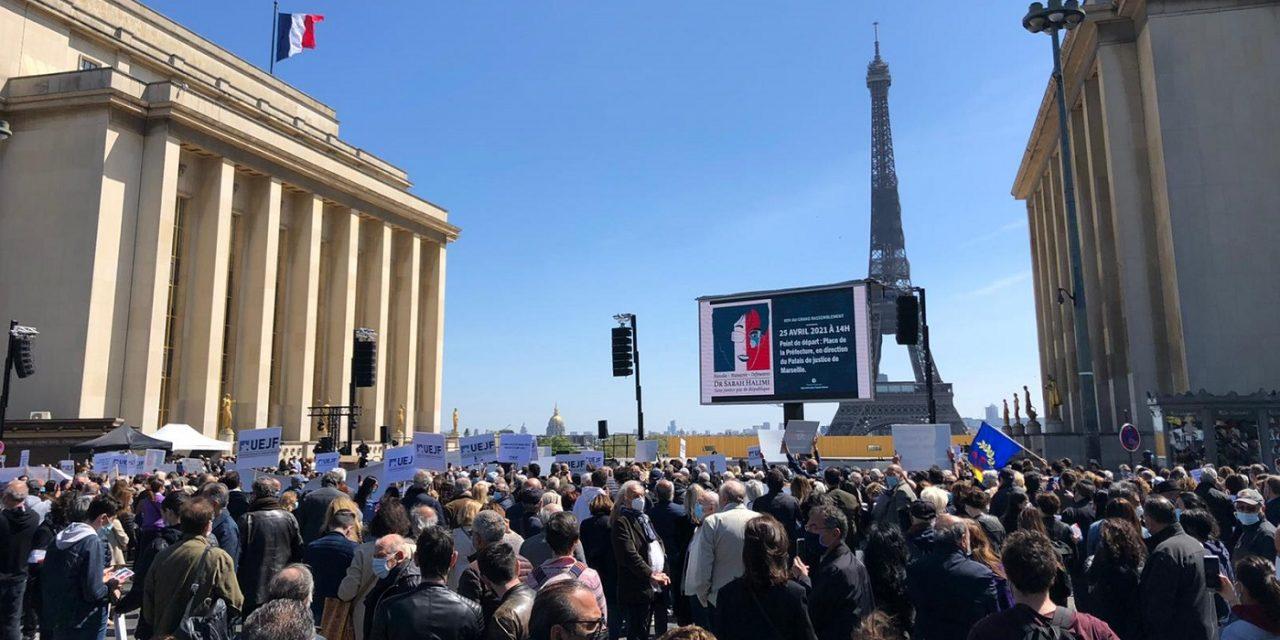 Thousands protest in Paris, London, Tel Aviv after anti-Semitic killer avoids standing trial
