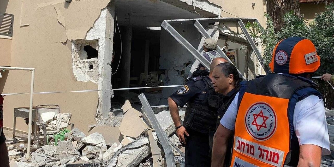 Hamas committed war crimes against Israel, admits human rights group