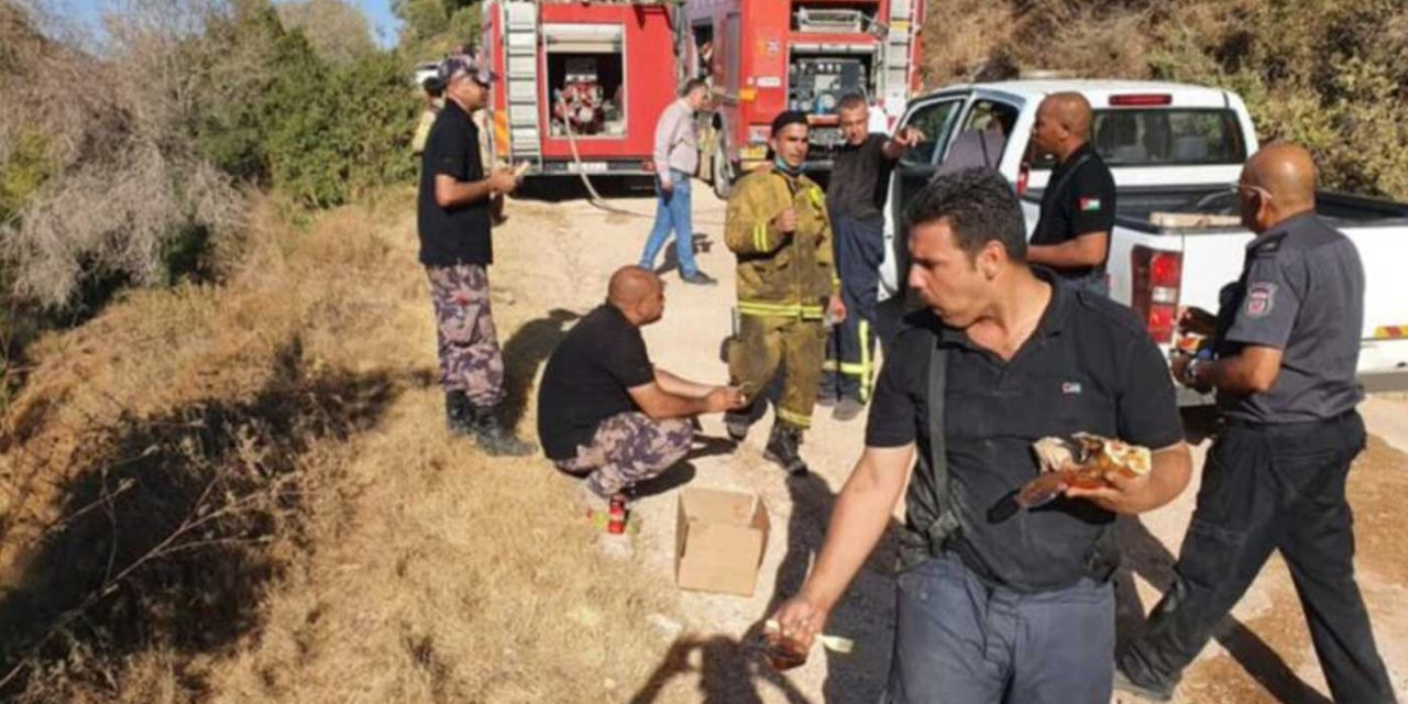 Israeli and Palestinian firefighters join forces to contain fires near Jerusalem