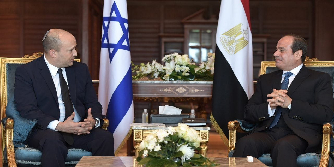 Israel's Bennett and Egypt's al-Sisi in rare meeting in Sharm El Sheikh